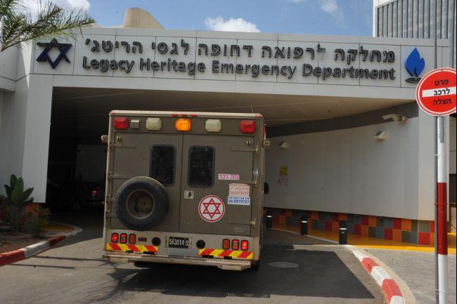 israel_syria_hospital_2013_08_04