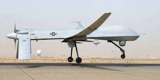 1714807_3_2136_un-drone-mq-1b-predator-sur-une-base_8c4626ff0c752feaeead99d7b53defb8