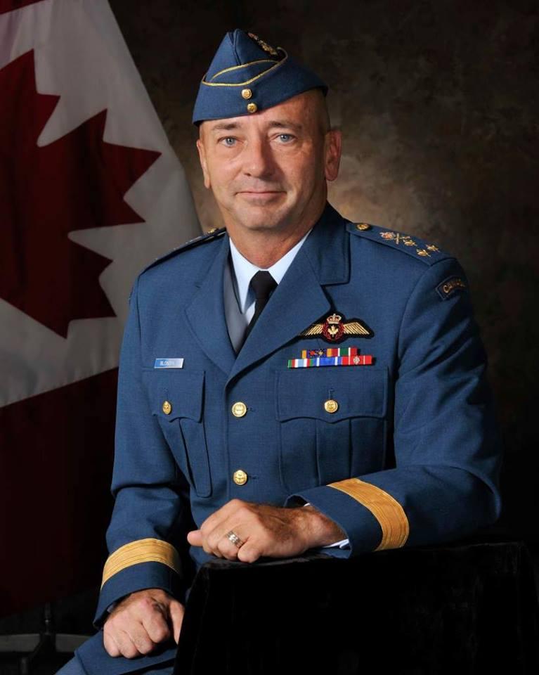 Le 18 septembre 2013 le commandant de l'Aviation royale canadienne (ARC), le Lieutenant-général Yvan Blondin, a discuté des défis et des opportunités qu'.