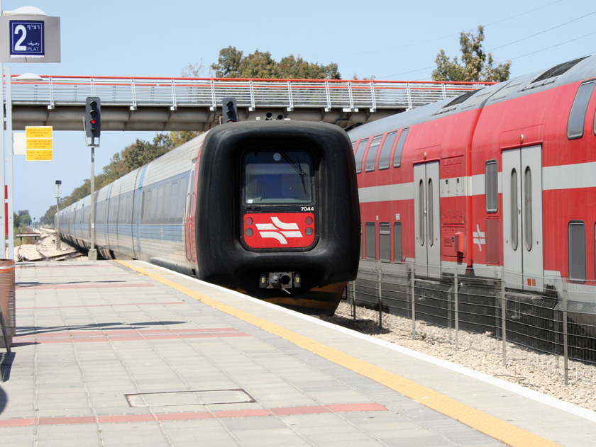train_rakevet-israel